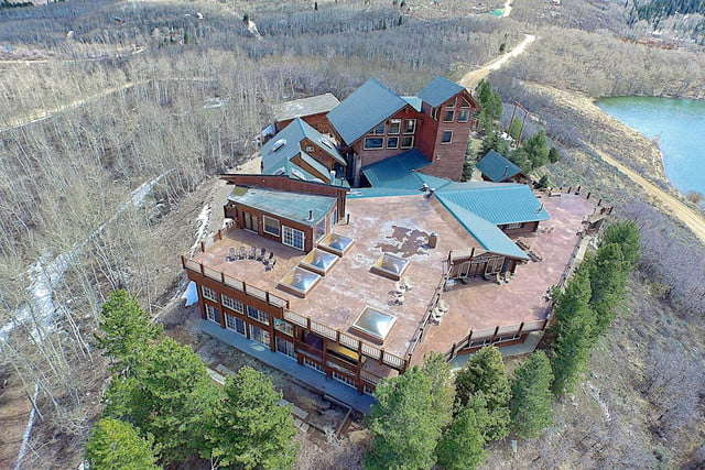 retreat from society and relax in these idyllic cabins around the world timber moose lodge 9