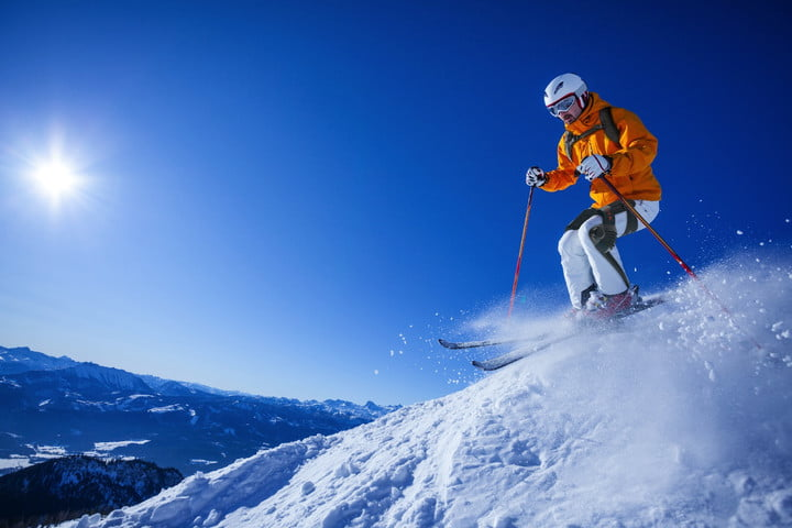 Shred like a cyborg with this endurance-boosting exoskeleton for skiers